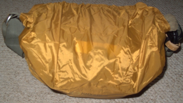 bag with rain cover