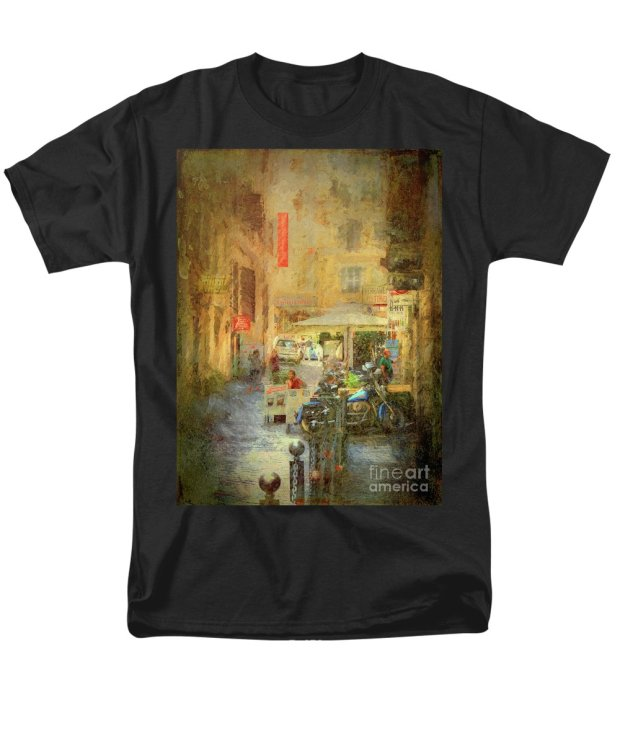 when-in-rome-35-side-street-leigh-kemp t-shirt.jpg